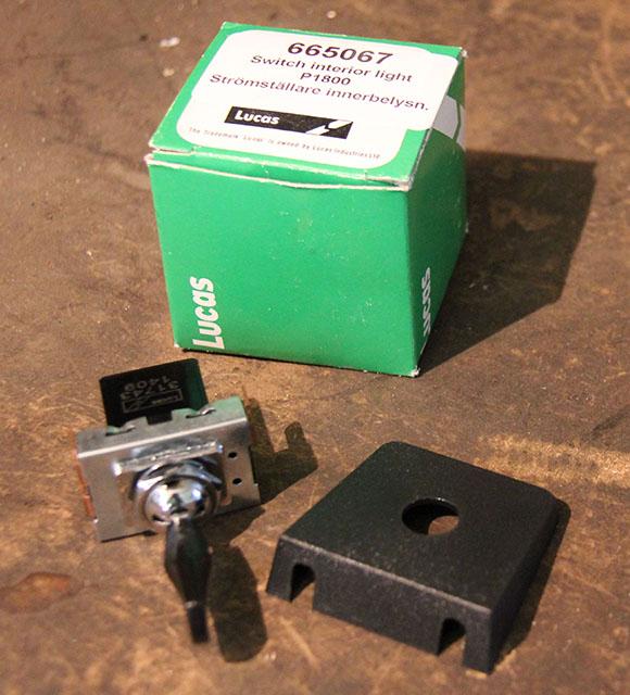 665067 P1800 interior light switch